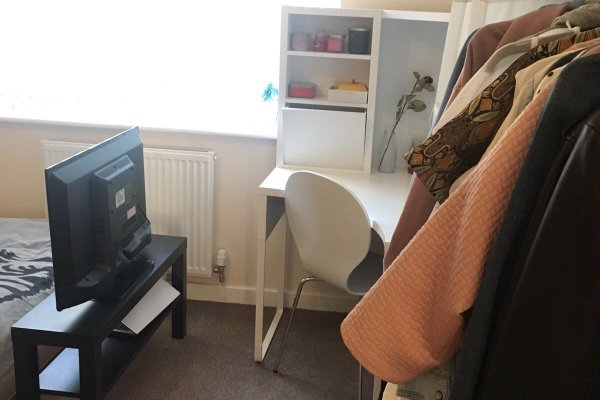 Amazing double room 5 min from Salford uni!